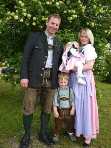 Familie Fürthauer am Feldbauernhof